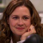 Jenna Fischer: Pam Beesley en THE OFFICE, Rhonda en YO, TÚ Y EL APOCALIPSIS