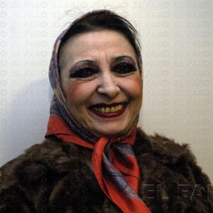 Chelo Vivares, el doblaje y el teatro.