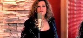"Esta voz me suena: Amparo Bravo canta ""Black Velvet""."